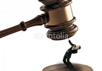 قرا ر محكمة النقض – معارضته بقرار المحكمة الدستورية – عدم جواز تسليط قضاء على قضاء